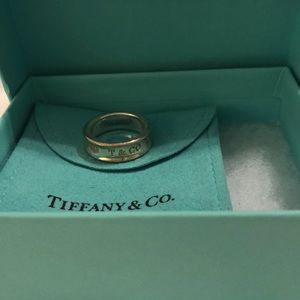 Tiffany and Co T & Co Ring Size 7